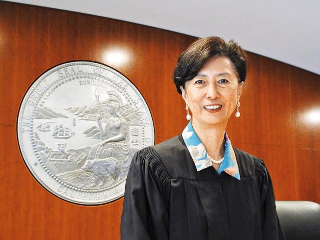 北加州退休法官郭麗蓮呼籲華裔選民在6月選舉中投票,支持受到挑戰的四名法官留任。(本報檔案照片)
