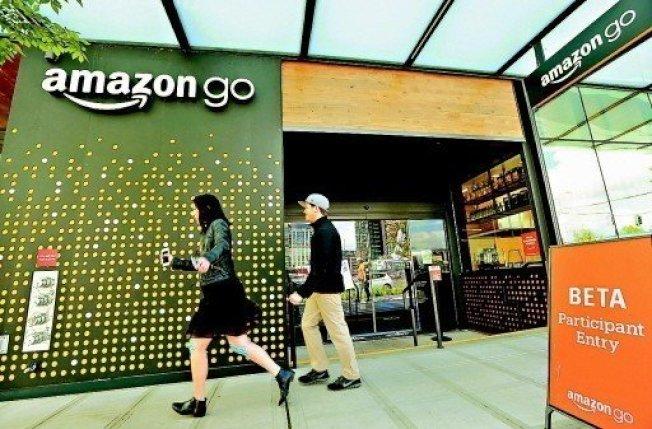 電子商務巨擘亞馬遜(Amazon)傳出將裁汰數百名員工,受影響者大多是電商部門的人力。 美聯社