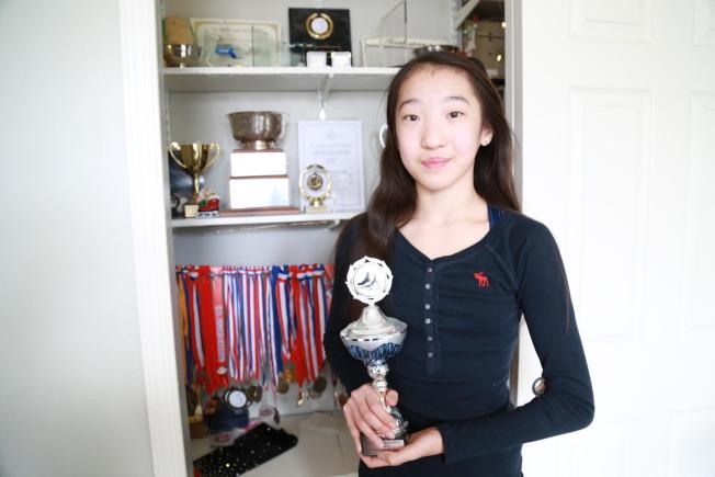 小小年紀的崔婷婷熱愛滑冰,目標是進軍奧運會。(記者羅曉媛/攝影)