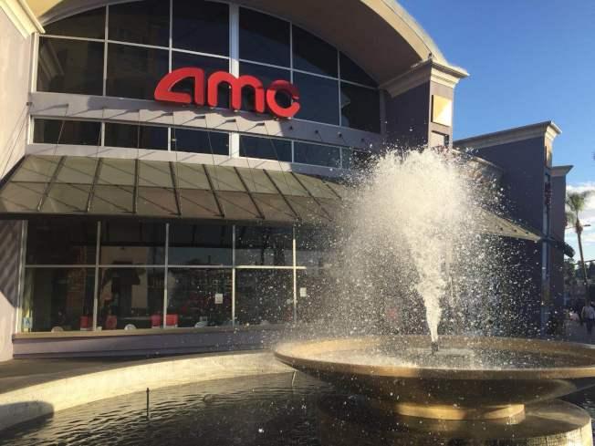 蒙市大西洋大道上的電影院,工作人員表示,自從Movie Pass開始之後,看電影的人比以前多了很多。(記者楊青/攝影)