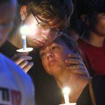「感情破碎的年輕人」 校園殺手被控17項謀殺罪