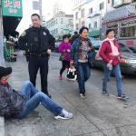警逮華埠公車扒手 受害人不見
