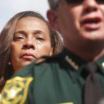 佛州校園槍擊 罹難者家長含淚籲川普管制槍枝