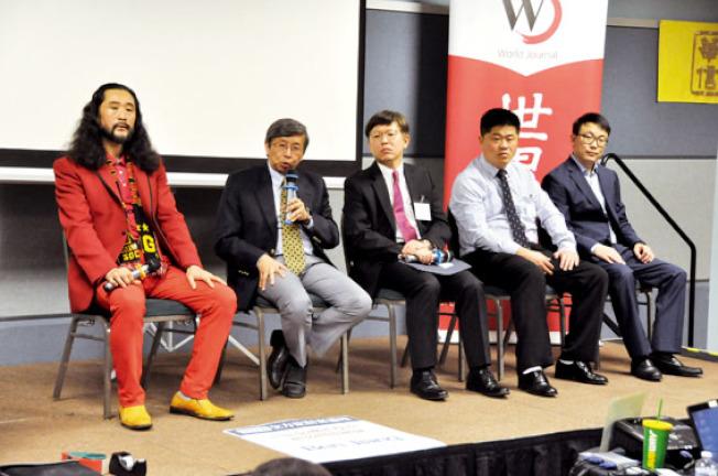 活動最後由講者進行問答時間,許多民眾踴躍提問。左起為李成舉、林修榮、馮偉倫、蔣秉誠。(記者林亞歆/攝影)
