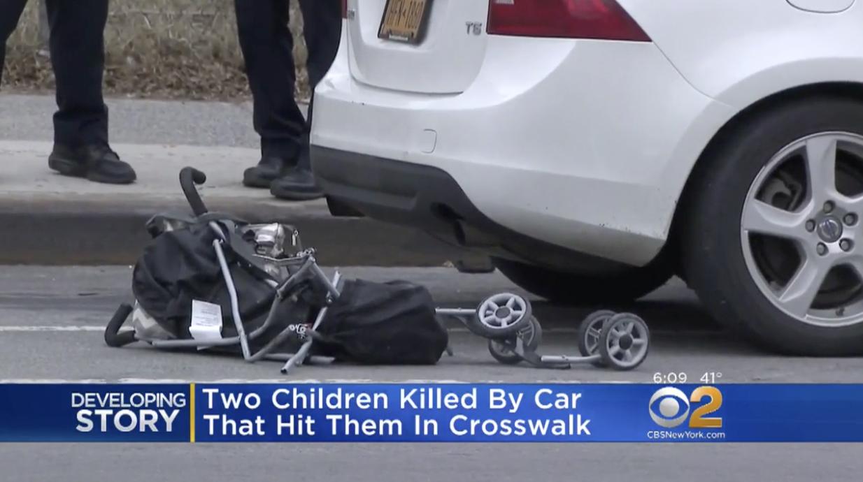 肇事轎車將嬰兒推車拖行近半個街區。(CBS視頻截圖)