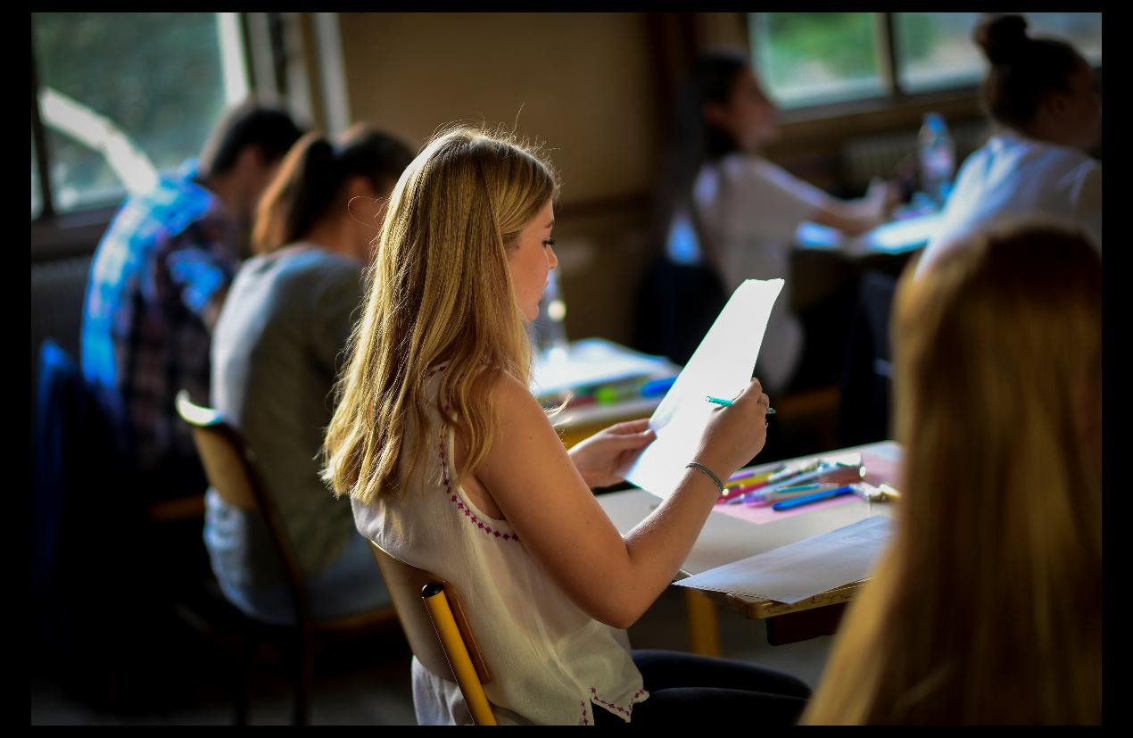學校常常缺乏對學生精神健康的篩檢和監督機制。(Getty Images)