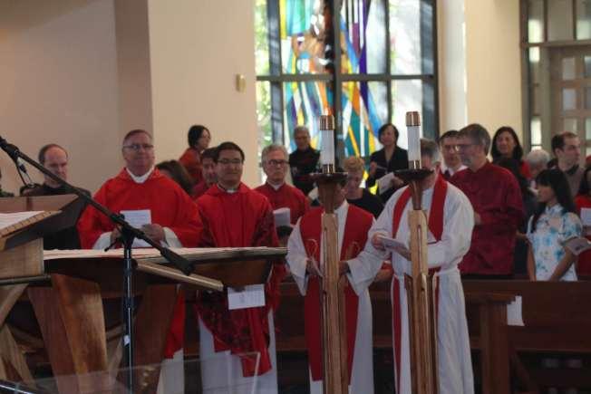 聖地牙哥天主教華人團體2018年新春彌撒主教蒞臨主持敬天祭祖儀式。(讀者提供)