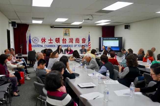報稅季如火如荼進行,稅法講座吸引諸多民眾參與。(記者陳開/攝影)