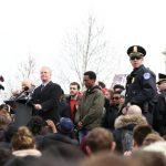 多位國會議員現身挺學生示威 誓言控槍