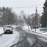 新州積雪12吋 逾萬居民斷電 紐瓦克機場取消8882航班