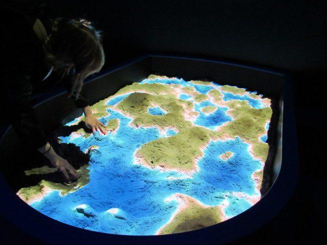 高科技成像+互動裝置帶你探索看不見的海洋