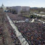 為活命而走 反槍遊行超盛大 華府聚80萬人