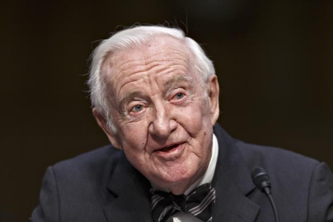 圖為已退休的前任美國最高法院大法官史蒂文斯。美聯社