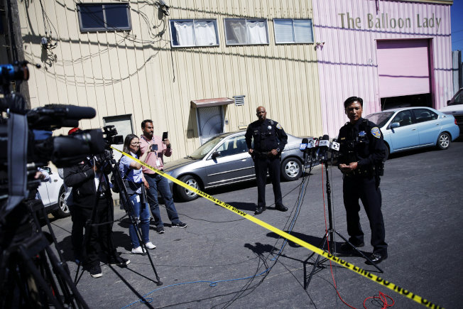 舊金山一名駕駛開車撞倒5人,隨後逃逸,當局表示有一人身亡。(路透)