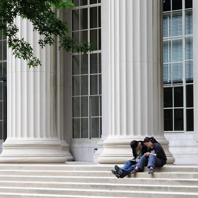 據MIT官網,2017-1018學年度,該校有國際學生人數占學生總數34%。每年近4000名外國學生進入美國職場都將面對H-1B抽籤問題。(記者唐嘉麗/攝影)