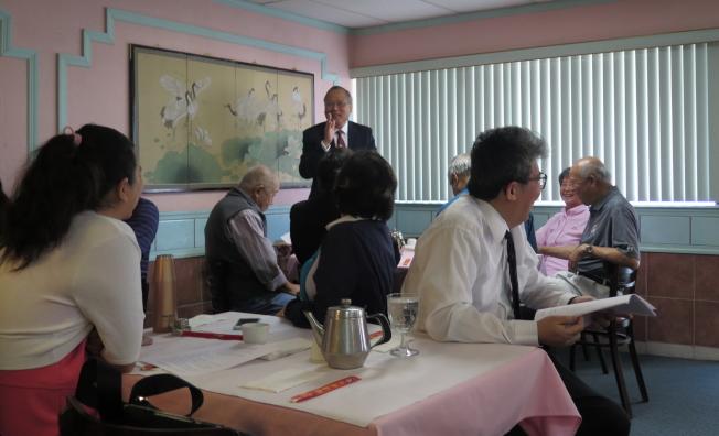 南佛州僑務工作座談會一景,駐邁經文處處長王贊禹發言。(記者俞曉菁/攝影)