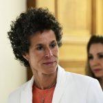 柯斯比性侵受審 爆338萬封口 原告作證:遭下藥迷姦