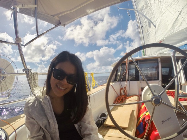 台灣海洋大學輪機系畢業生徐珮妤創業,提供艇管家服務。圖/交通部航港局提供