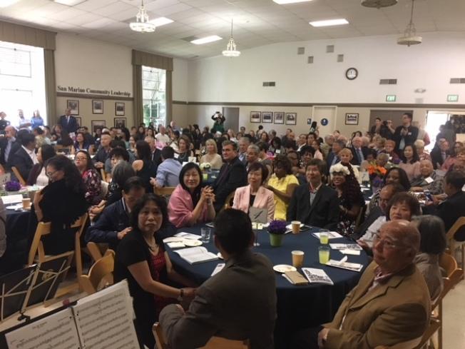 聯邦眾議員趙美心聖蓋博谷2018年度傑出婦女表彰大會14日在聖瑪利諾中心舉辦,來自各行各業12名傑出婦女獲得表彰。(記者楊青/攝影)