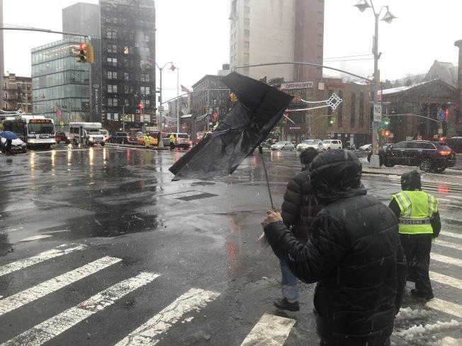 倒春寒來襲,紐約將再迎凍雨狂風。(記者洪群超/攝影)