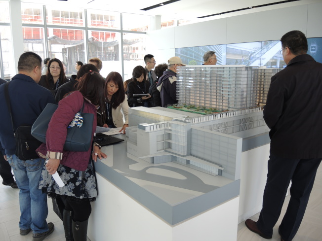 華人買家是紐約市地產大熱的一大重要因素。(本報檔案照)