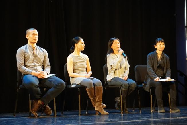 陳乃霓(右二)邀請殷梅(右三)、張慧望(右四)分享創作心得。(記者林群/攝影)