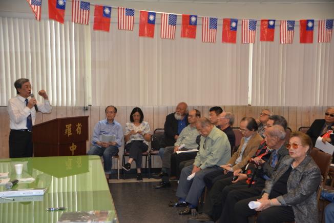 黃景彬認為,懸掛蔡英文總統肖相,是尊重中華民國憲法和尊重傳統的做法。(記者高梓原/攝影)
