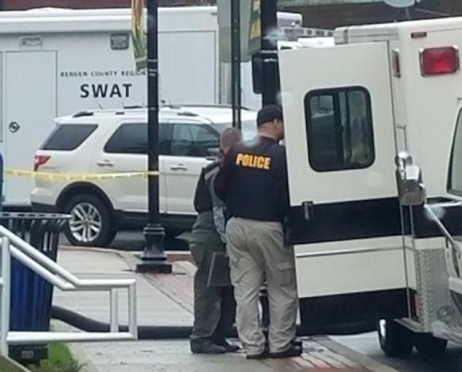 新州特警趕至東拉塞福市中心。(取自社交網站)