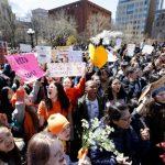 哥倫邦高中槍案19周年 全美15萬學生罷課促「槍管」