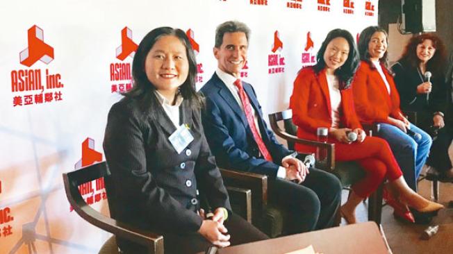 五名廣受華裔社區關注的市長候選人就華人關心的議題發表各自政見。左起:李愛晨、里諾、金貞妍、布里德、阿里奧圖。(記者黃少華/攝影)