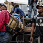 中美洲移民大軍「叩關」 川普用4個字回應