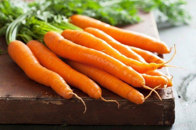 飲食中適度攝食胡蘿蔔,對於葉黃素的吸收影響並不大。(取材自ingimage)