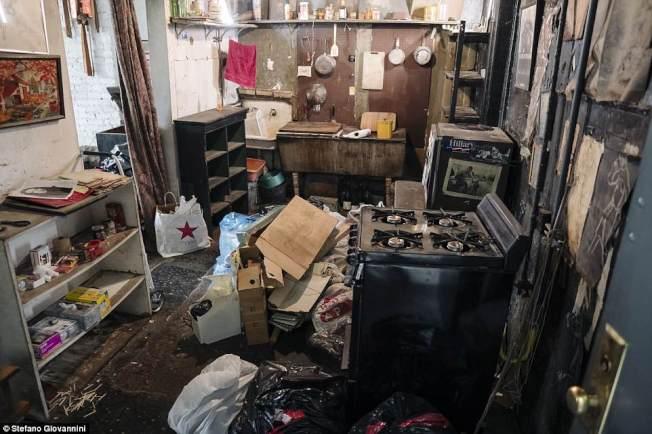 歐格雷蒂的住處談不上整齊。(取自英國每日郵報)