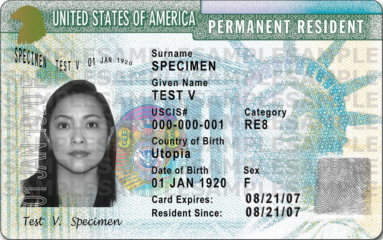 移民來美國,主要目標在獲得綠卡。(USCIS)