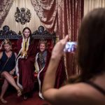 英國皇室迷看過來…華府快閃酒吧 讓你「親臨」哈利婚禮