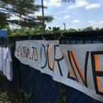 蒙郡學生反槍大串連 白衫牆為年輕冤魂無聲吶喊