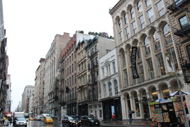 蘇荷區是紐約市最著名的商業和時尚區之一。(記者劉大琪/攝影)