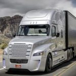 專家預告:自駕車10年內成真 卡車可能先上路