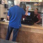 又見種族歧視! 快餐店顧客嗆女店員:快回墨西哥去