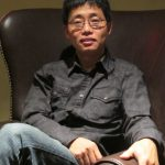 華裔脫口秀演員黃西:不必太在意口音 文化更重要
