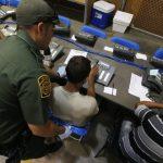 社媒熱議「無伴移民兒童」失聯?衛生部否認失蹤