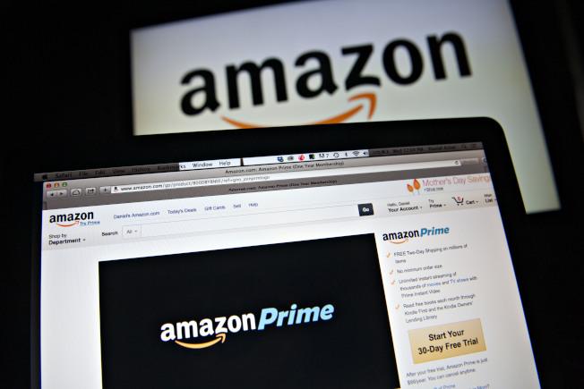 亞馬遜(Amazon)12日宣布,費城、巴爾的摩、華府的Prime會員,上網於全食超市購物,可享兩小時內免費送貨到家。(Getty Images)