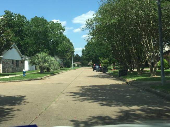 槍擊命案的案發地點Langdon Lane距離休士頓中國城僅約一英里,看上去相當寧靜。(記者郭宗岳/攝影)