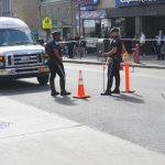 街頭別亂闖  法拉盛華翁穿越馬路  當場被車撞飛10米