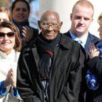 美國最長壽男 112歲 每月帳單1.5萬 堅持住家裡