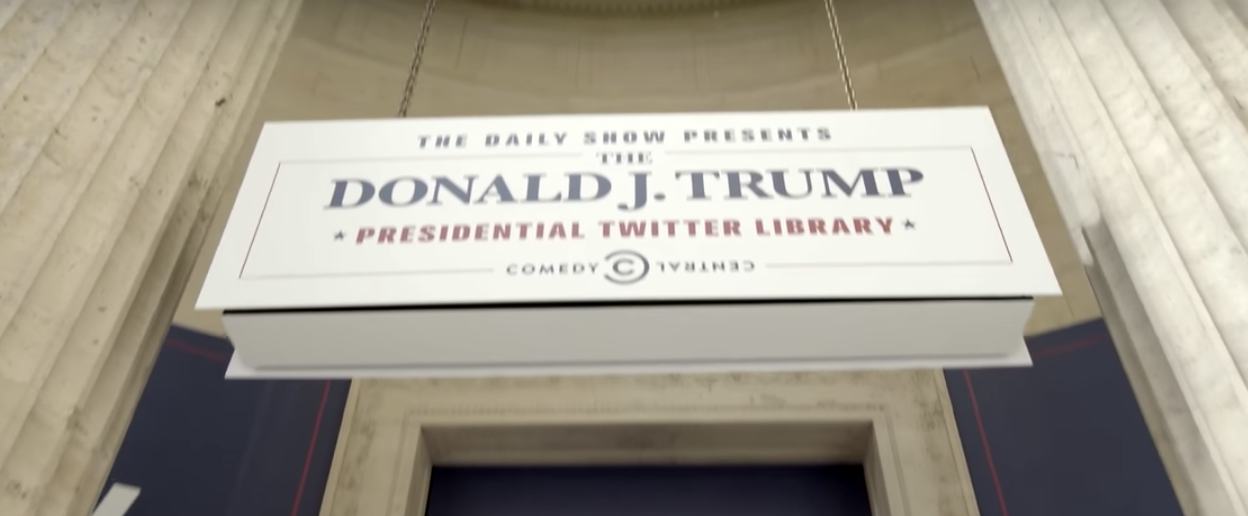 「總統川普推特圖書館」快閃店將於8日空降洛杉磯。(截圖自The Daily Show官方影片)