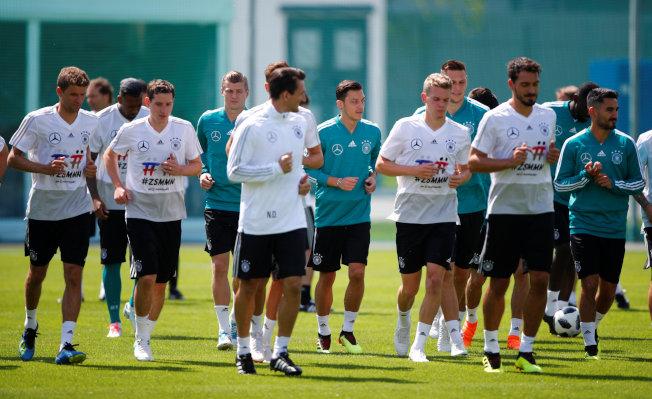 德國隊希望在本屆世足賽衛冕。(路透)