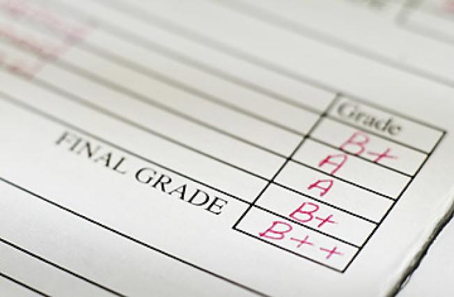 公立學校的校長可以讓成績差的學生及格而不會有問題,這是教育局的公開秘密。(Getty Images)
