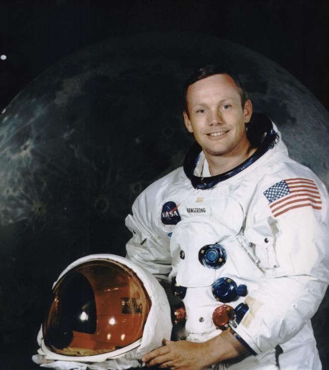 太空人阿姆斯壯當年完成登月壯舉後,曾把一小瓶月球塵土當禮物,送給一名10歲女童。(NASA網站)