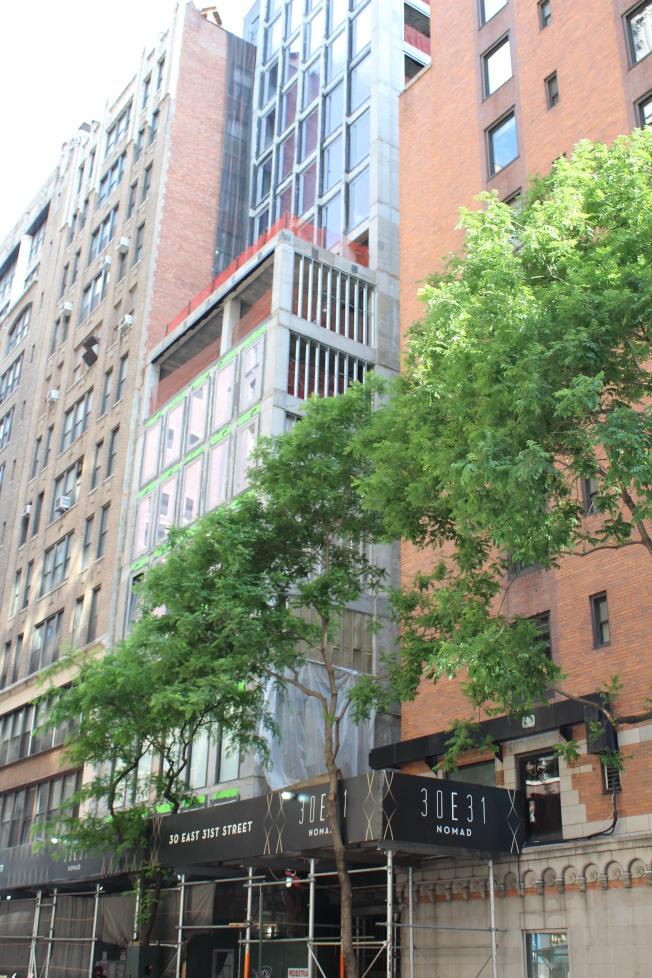 東31街30號向哥特式風格致敬。(記者劉大琪/攝影)